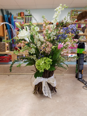Spring Mixed Vase in Bryson City, NC | Village Florist & Christian Book Store