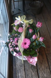 """Spring Plant Garden Basket 14"""" long Color and Type May Vary  Mix of Blooming Plants  in Mechanicsburg, PA   Garden Bouquet"""
