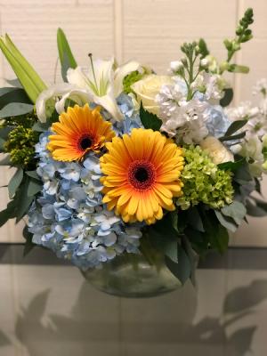 Spring Posie Vase Posie Vase in Fairfield, CT | Blossoms at Dailey's Flower Shop