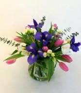 Spring Posy Pot Fresh Vase Arrangement