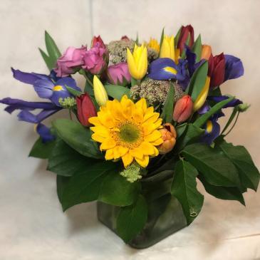 Spring Spectacular Vase Arrangement