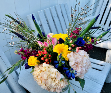 Spring Splendor Vase Arrangement