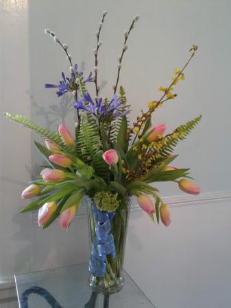 spring splendor Vased Arrangement