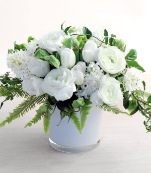 Spring Whites  Spring Collection  in Oakville, ON | ANN'S FLOWER BOUTIQUE-Wedding & Event Florist