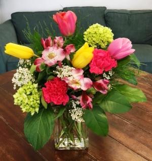 Spring Zing Arrangement in Bluffton, SC | BERKELEY FLOWERS & GIFTS