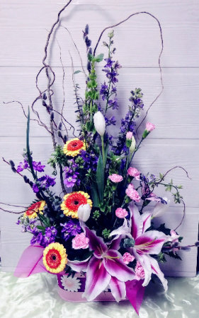 SpringIs In The Air Floral Design  in Dayton, OH | ED SMITH FLOWERS & GIFTS INC.
