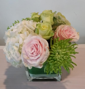 Springtime at Giverny Flower arrangement