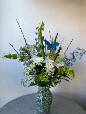 Springy Blues  in La Grande, OR | FITZGERALD FLOWERS