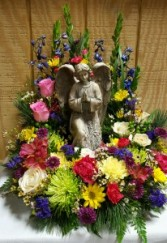 Kneeling angel with wreath Funeral