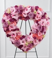 Heart wreath pinks  mouve ,burgundy flowers