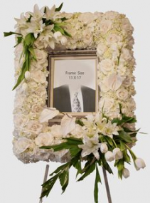 "STANDING PICTURE FRAME SPRAY/MEMORIAL MEMORIAL PC ON A 5'-6"" STAND"