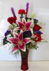 Star struck  Fresh vase arrangement