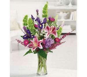 Stargazer Garden EV3-11 Fresh Vased Arrangement in Farmville, VA | CARTERS FLOWER SHOP