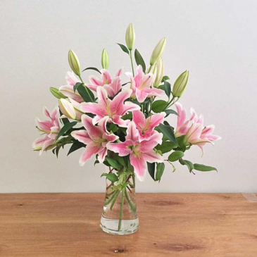 Stargazer Lilies Vase Arrangement In Lebanon Nh Lebanon Garden Of