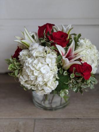 Stargazers and Roses Fresh Arrangement