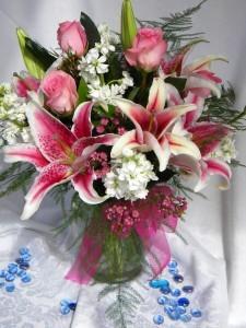 Sweet Sentiments Vase Arrangement in Coral Springs, FL | Hearts & Flowers of Coral Springs
