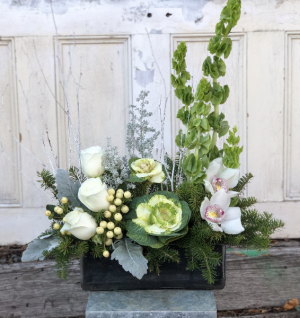 Starry Night  in Woburn, MA | HILLSIDE FLORIST INC.