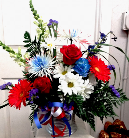 Starry Summertime Everyday Arrangement