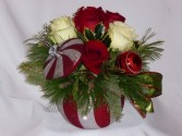 STARS OF CHRISTMAS - CHRISTMAS FLOWERS KEEPSAKE. Christmas Flowers from AMAPOLA BLOSSOMS. Christmas Centerpiece Flowers,  Christmas Flowers Arrangements  Prince George BC
