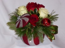 STARS OF  CHRISTMAS KEEPSAKE Florists Style.   Prince George BC Flowers:   AMAPOLA BLOSSOMS