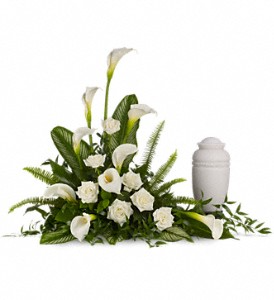 Stately Lillies      T217-1A  in Fort Worth, TX | DAVIS FLORAL DESIGNS