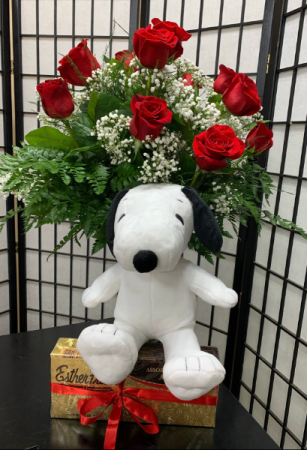 Puppy Love  Dozen Roses, Plush Snoopy, Chocolate's