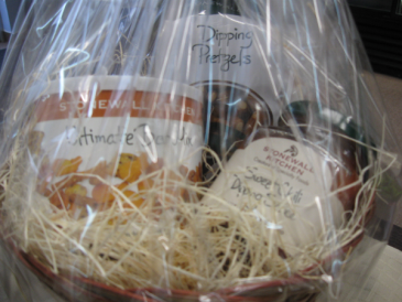 Stonewall Kitchen Snack Basket Dipping Pretzels, Sweet Chili Dipping Sauce and Ultimate Snack Mix.
