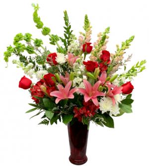 Straight from the Heart Vase Arrangement in Seguin, TX | DIETZ FLOWER SHOP & TUXEDO RENTAL