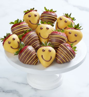 Strawberry Smiles™ Dipped Strawberries