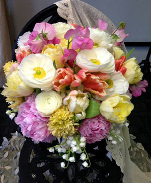 Strawberry Summer Bouquet in Ozone Park, NY | Heavenly Florist