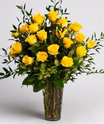 Stunner Two-Dozen Yellow Roses