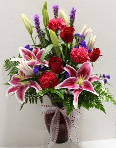 Stunning Beauty Fresh vase arrangement