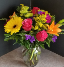 Stupendous Flowers Vase
