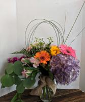 Styling and Profiling  Modern Vase Arrangement