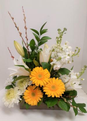 Subtle Elegance  in Tottenham, ON | TOTTENHAM FLOWERS & GIFTS