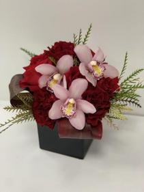 Sukkot, Burgundy (orchid & garden) Sukkot, Burgundy (orchid & Protea)