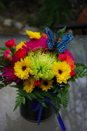 Bliss Mixed floral arrangement
