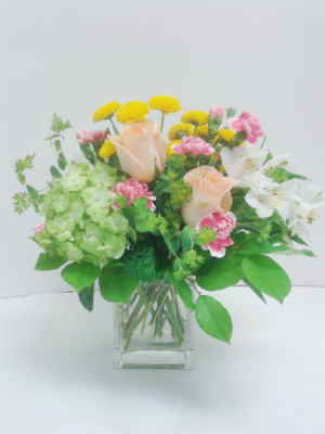 Summer Fresh  in Tottenham, ON | TOTTENHAM FLOWERS & GIFTS