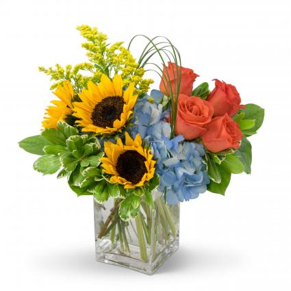 Summer Fun Arrangement In Spring Tx Towne Flowers