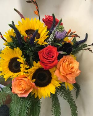 Fall Fun cut bouquet or vase arrangement in Northport, NY | Hengstenberg's Florist