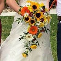 SUMMER LOVE BOUQET BRIDE BOUQUET