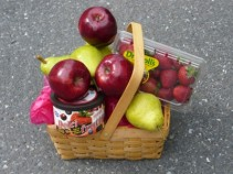 Fresh Fruit Picnic Food Basket