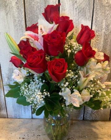 summer special 1 doz. roses/ with lillies