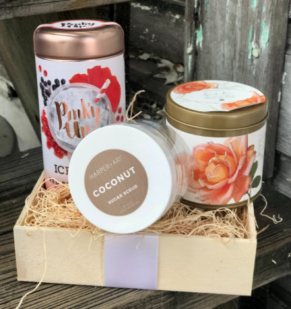 summer Time Gift Set Gift Set of Tea, Candle and Sugar Cube Scrub