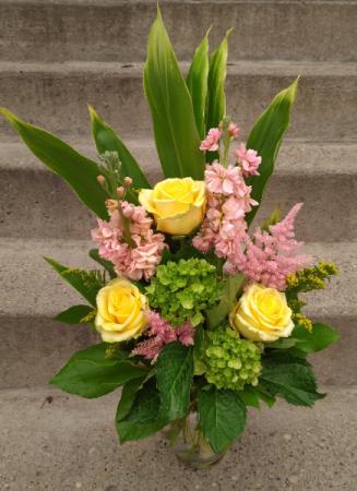 Summers Blush vase