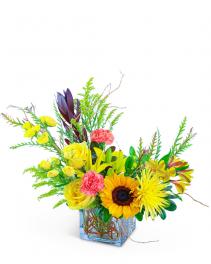 Sun-Kissed Garden Flower Arrangement