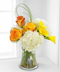 Sundrop Callas, Two Toned Roses, & Hydrangea Bursting with Sunshine