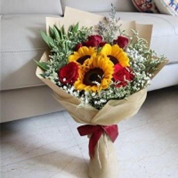 Sunflower and Rose Bouquet  Cut Bouquet