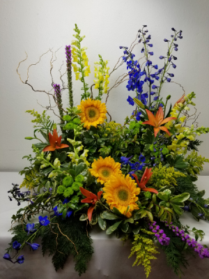 Sunflowers and Sincerity Urn Arrangement in North Bend, OR | PETAL TO THE METAL FLOWERS