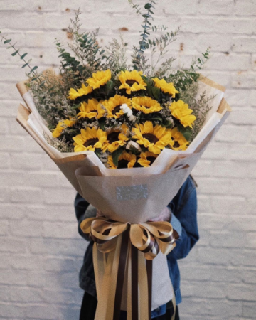 Sunflower Presentation Bouquet